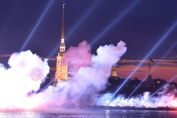 La guglia della fortezza di Pietro e Paolo a San Pietroburgo - Sputnik Italia