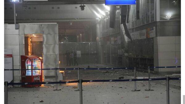 L'interno del terminal internazionale dell'aeroporto di Istanbul dopo le esplosioni - Sputnik Italia