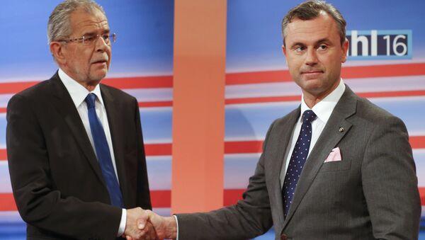 Candidati presidenziali Norbert Hofer e Alexander Van der Bellen, Austria - Sputnik Italia