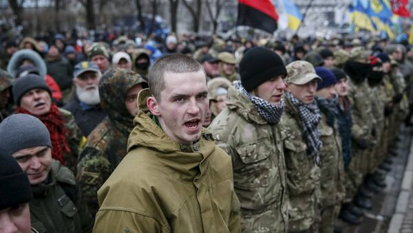 Members of self-defence battalions take part in a rally to commemorate demonstrators who were killed during the Maidan protests in 2014 in Kiev, Ukraine, February 20, 2016 - Sputnik Italia