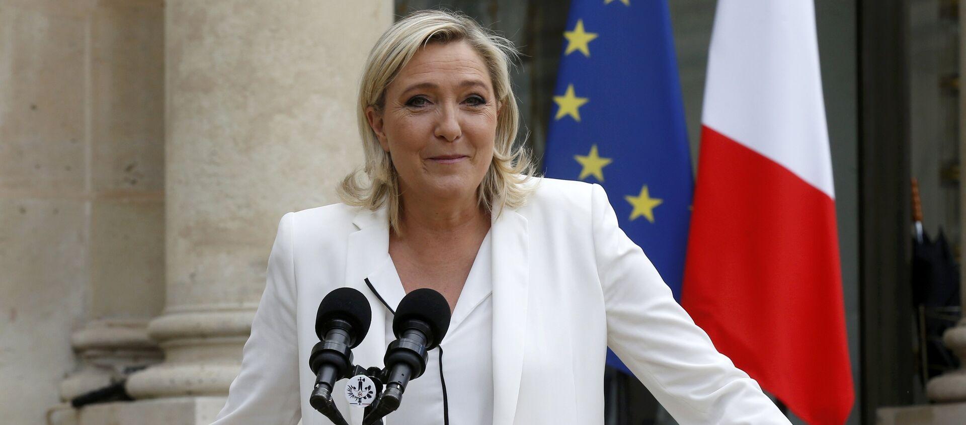 Marine Le Pen - Sputnik Italia, 1920, 07.05.2021