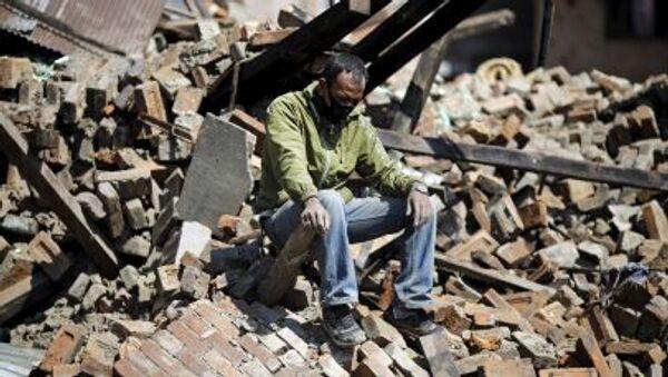 Distruzioni dopo terremoto Nepal - Sputnik Italia