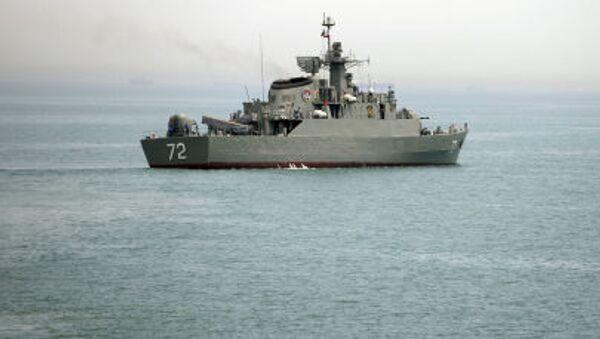 La nave iraniana Alborz nello Stretto di Hormuz - Sputnik Italia