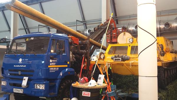 Il mezzo GAZ-34 039 - Sputnik Italia