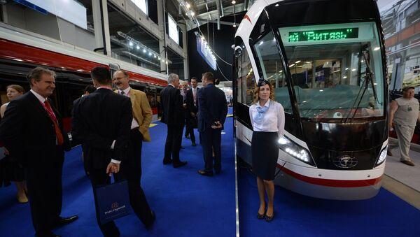 Il tram Vityaz ad INNOPROM 2016 - Sputnik Italia