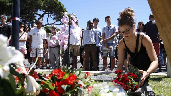 Nizza, commemorazione vittime attentato - Sputnik Italia