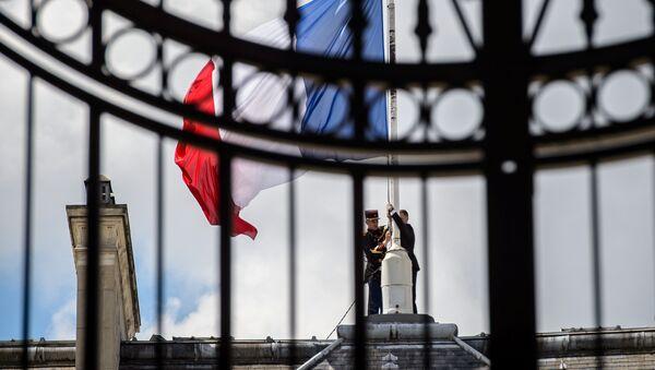 La bandiera della Francia - Sputnik Italia