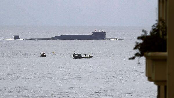 Китайская подводная лодка в заливе Ялонг - Sputnik Italia