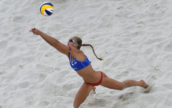 Anastasia Barsuk, pallavolista russa del beach volley - Sputnik Italia