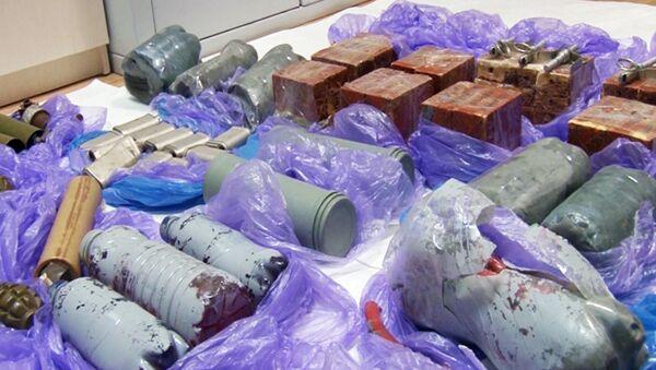 Bombe a mano e mine confiscate ai terroristi fermati in Crimea - Sputnik Italia