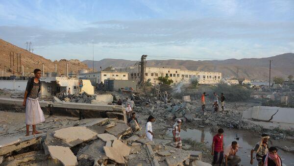 Dopo un bombardamento in Yemen - Sputnik Italia