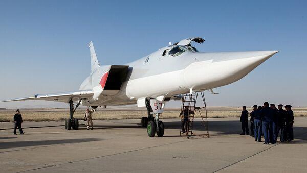 Tu-22M3 alla base aerea Hamedan, Iran - Sputnik Italia