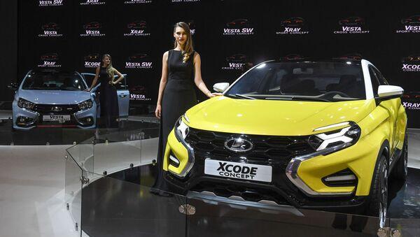 Автомобиль Lada Xcode на Московском международном автомобильном салоне-2016 в Международном выставочном центре Крокус Экспо - Sputnik Italia