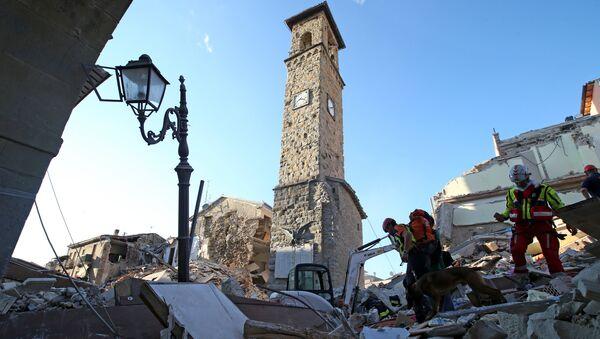 Conseguenza del terremoto in Italia - Sputnik Italia