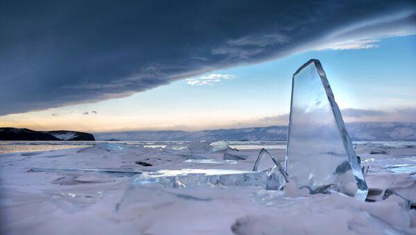 Cielo al Lago Bajkal - Sputnik Italia
