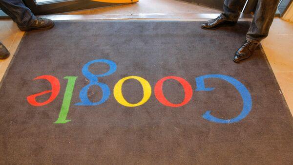 Un tappeto di Google al rovescio - Sputnik Italia