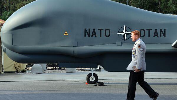 Un drone della NATO - Sputnik Italia