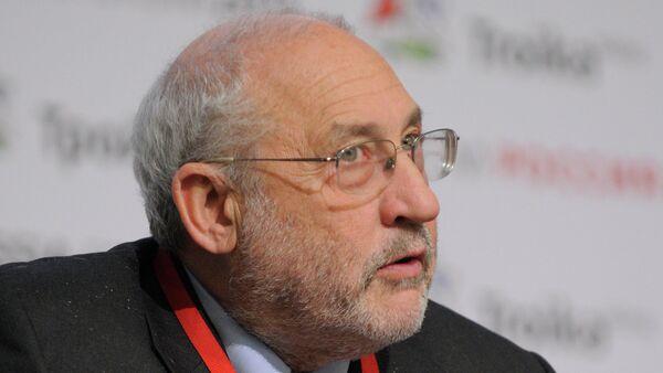Joseph Stiglitz, Premio Nobel per l'economia - Sputnik Italia