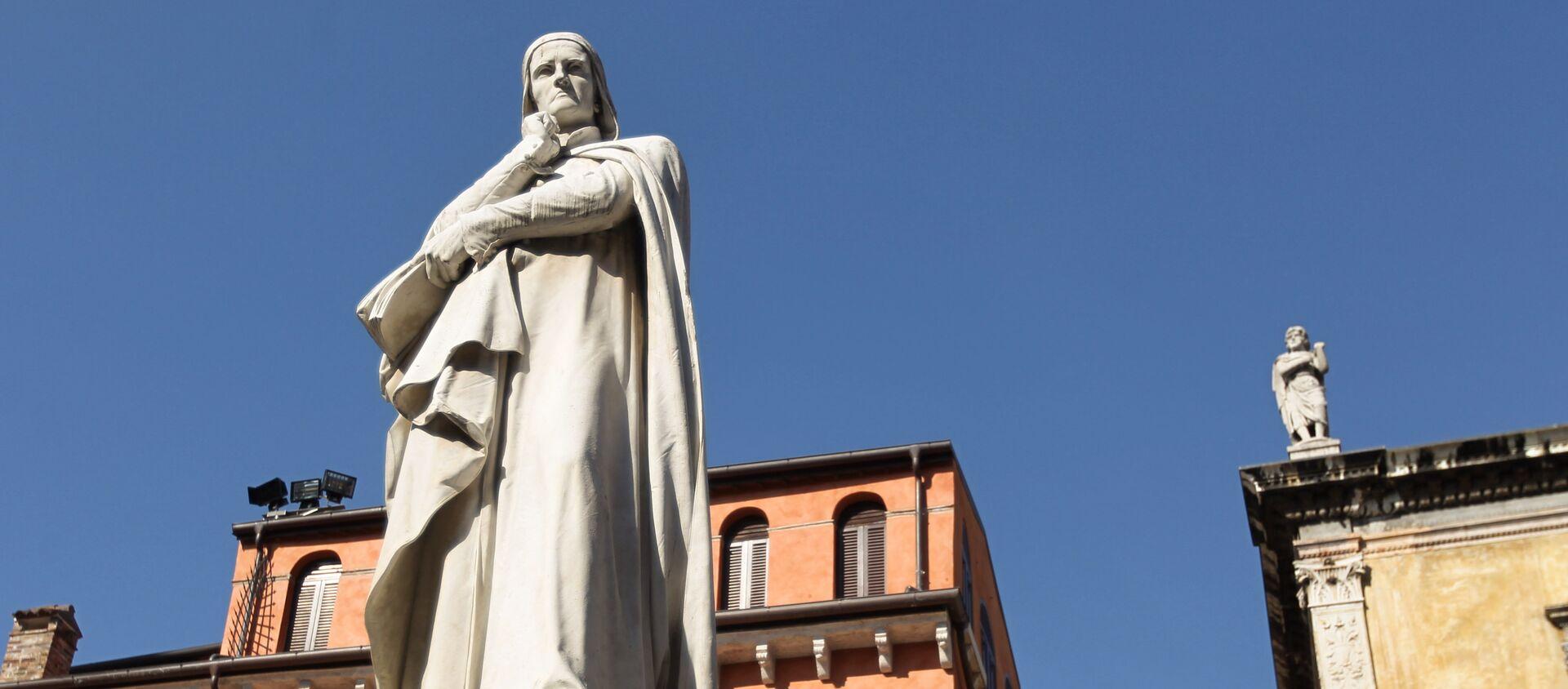 Monumento a Dante in piazza della Signoria a Firenze. - Sputnik Italia, 1920, 25.02.2021