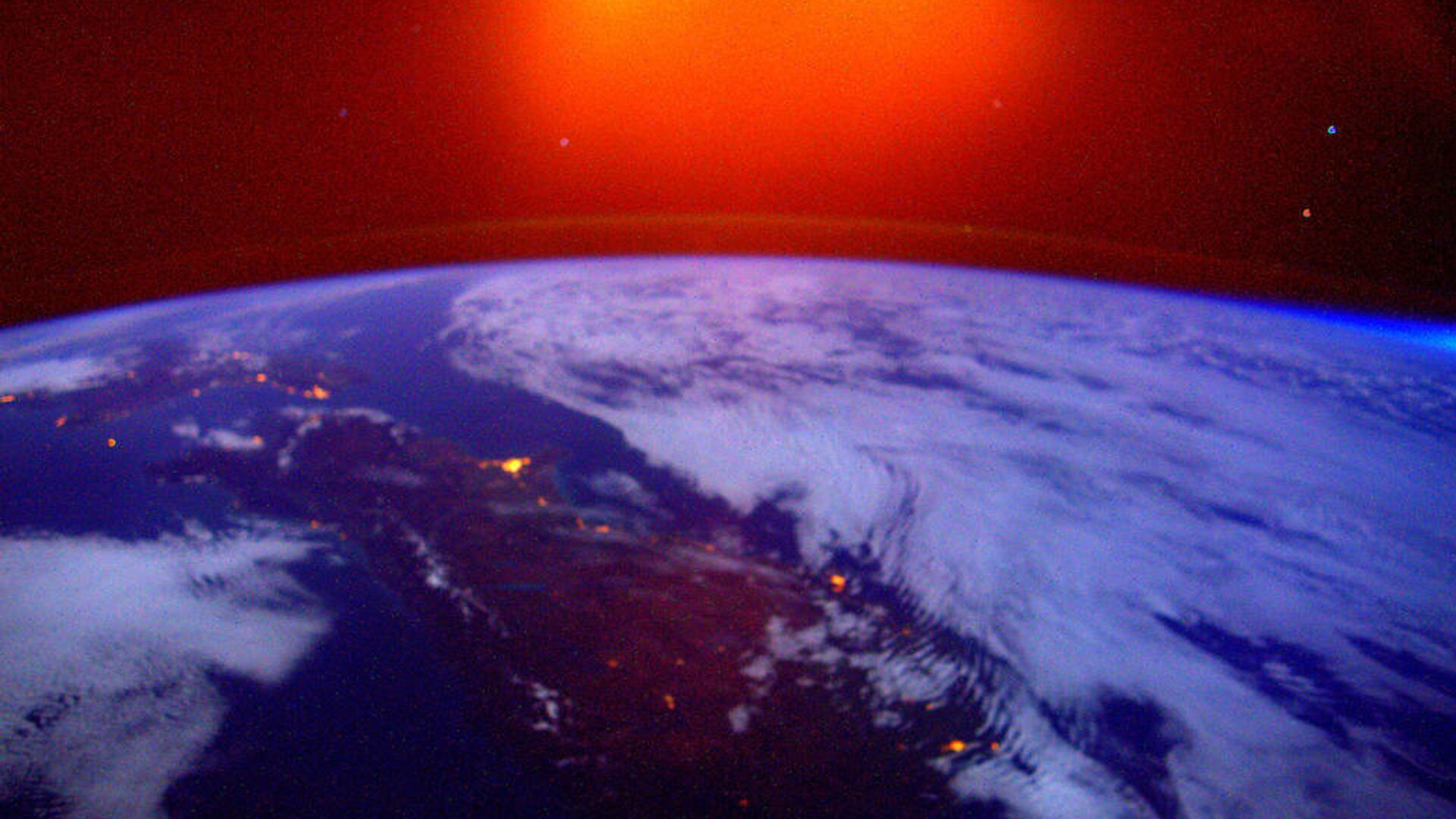 Una foto della Terra presa dall'ISS - Sputnik Italia, 1920, 28.03.2021