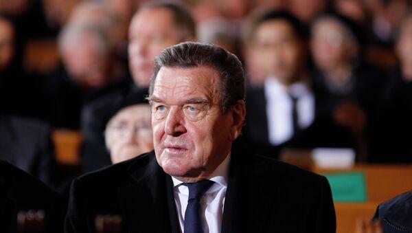 L'ex cancelliere della Germania Gerhard Schroeder - Sputnik Italia