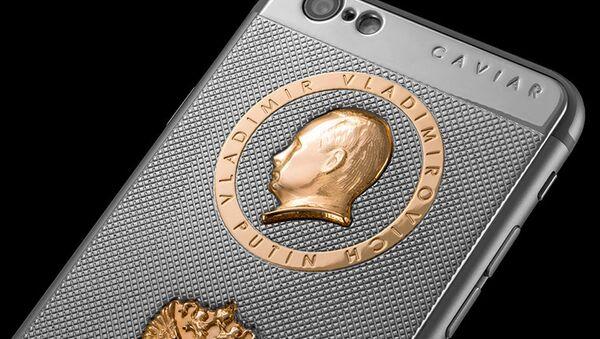 Смартфон iPhone 6S в честь Дня Рождения президента России Владимира Путина - Sputnik Italia