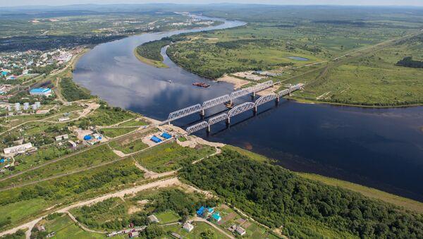Железнодорожные мосты через реку Бурея в Бурейском районе Амурской области - Sputnik Italia
