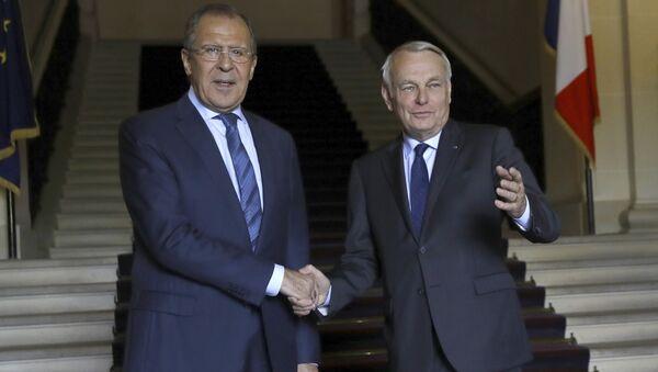 Jean-Marc Ayrault e Sergey Lavrov - Sputnik Italia