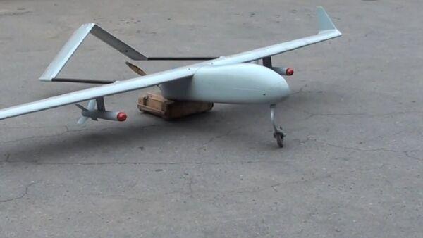 Un drone militare - Sputnik Italia