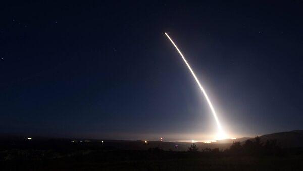 Lancio di prova di un Minuteman III negli Usa - Sputnik Italia