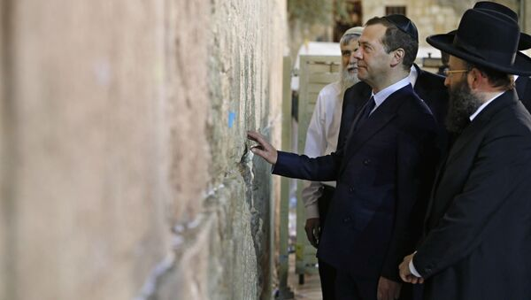 Dmitry Medvedem in visita in Israele - Sputnik Italia
