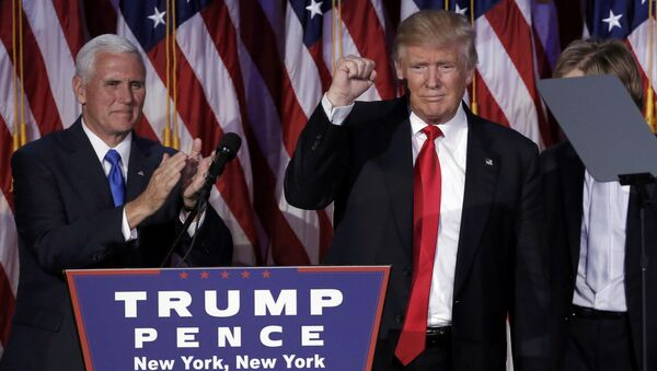 Mike Pence e Donald Trump - Sputnik Italia