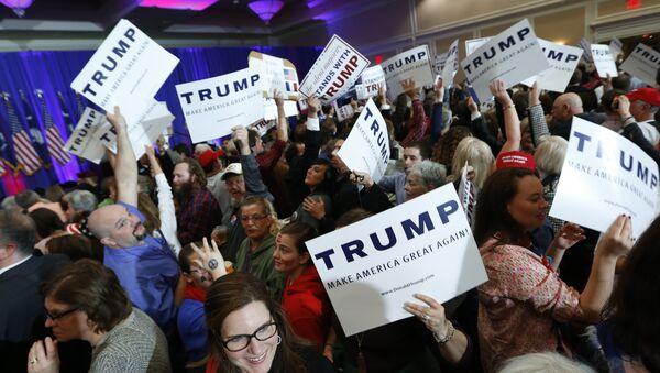 Sostenitori di Donald Trump - Sputnik Italia