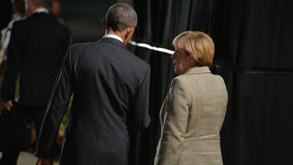 Barack Obama e Angela Merkel a Berlino - Sputnik Italia