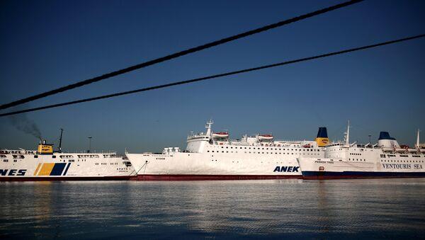 Il porto di Piraeus, Atene - Sputnik Italia