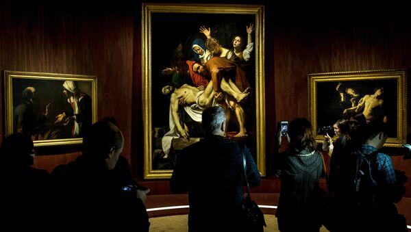 Visitatori alla più grande mostra al mondo della collezione dei Musei Vaticani Roma Aeterna. - Sputnik Italia