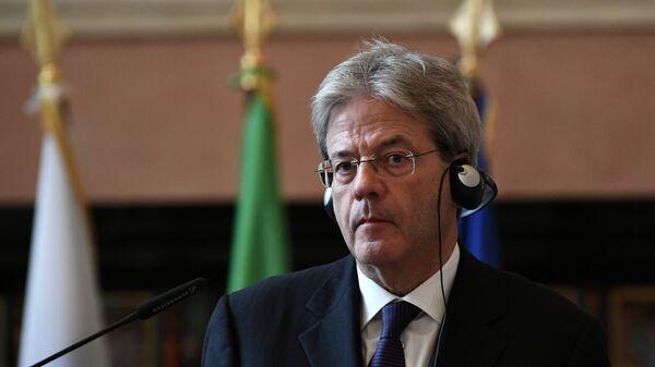 Paolo Gentiloni alla conferenza stampa con il suo omologo russo Sergei Lavrov. - Sputnik Italia