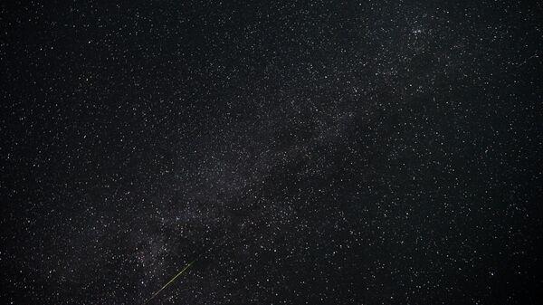 uno sciame meteorico Perseidi - Sputnik Italia