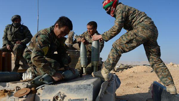 Esercito siriano vicino a Palmira - Sputnik Italia