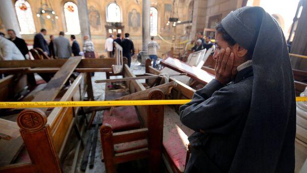 All'interno della cattedrale della Chiesa cristiano-copta al Cairo dopo l'attentato. - Sputnik Italia
