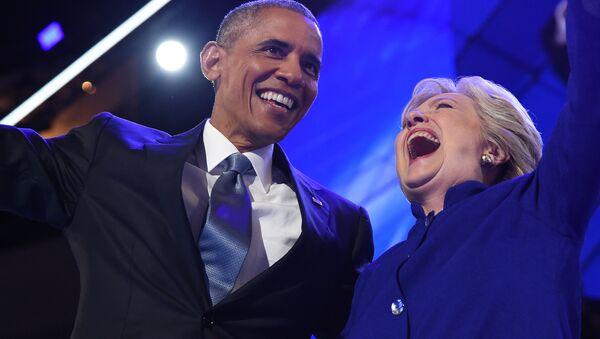 Barack Obama e Hillary Clinton - Sputnik Italia
