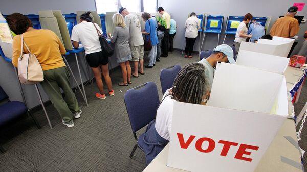 Voto in Carolina del Nord, USA. - Sputnik Italia
