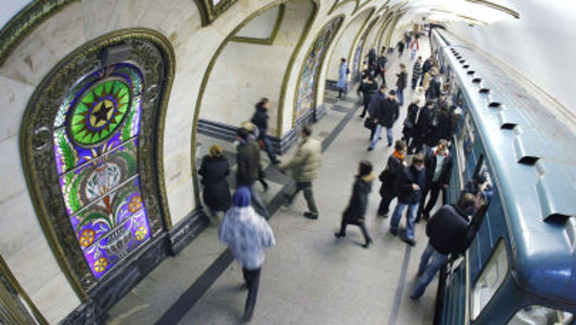 Mosca, la stazione della Metro Novoslobodskaya - Sputnik Italia, 1920, 04.04.2021