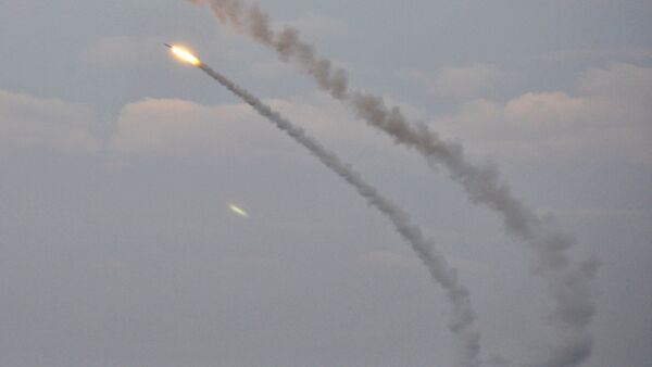 Ukrainian missile complexes launch medium range guided missiles during military drills in southern Kherson region bordering Crimea, Ukraine, December 1, 2016 - Sputnik Italia