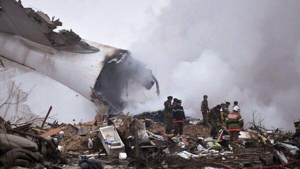 Al posto dello schianto dell'aereo turco in Kirghizistan - Sputnik Italia