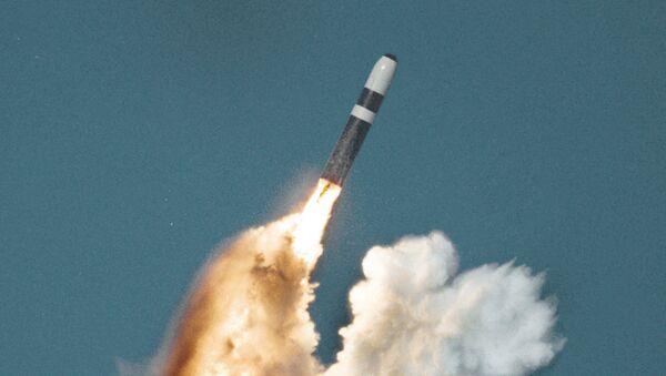 Un missile nucleare imbarcato Trident II - Sputnik Italia