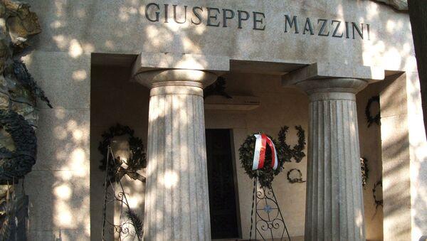 La tomba di Giuseppe Mazzini - Sputnik Italia