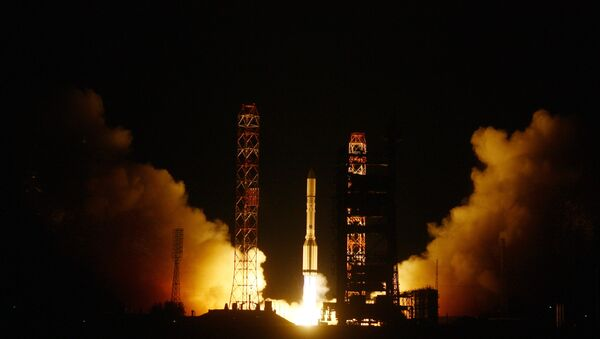 Il lancio del Proton-M - Sputnik Italia
