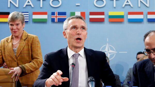 Jens Stoltenberg  - Sputnik Italia