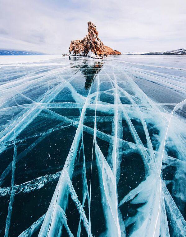 Il lago Bajkal ghiacciato - Sputnik Italia